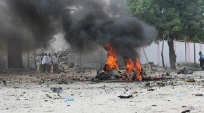 Twin bomb blasts kill 20, injure many others in Somalia's Kismayo