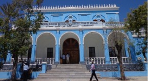 Somalia names new bank governor after graft charges