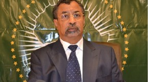 The African Union (AU) Special Representative for Somalia calls for an immediate end to hostilities in Kismayo