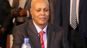 Political infighting threatens Somalia's government